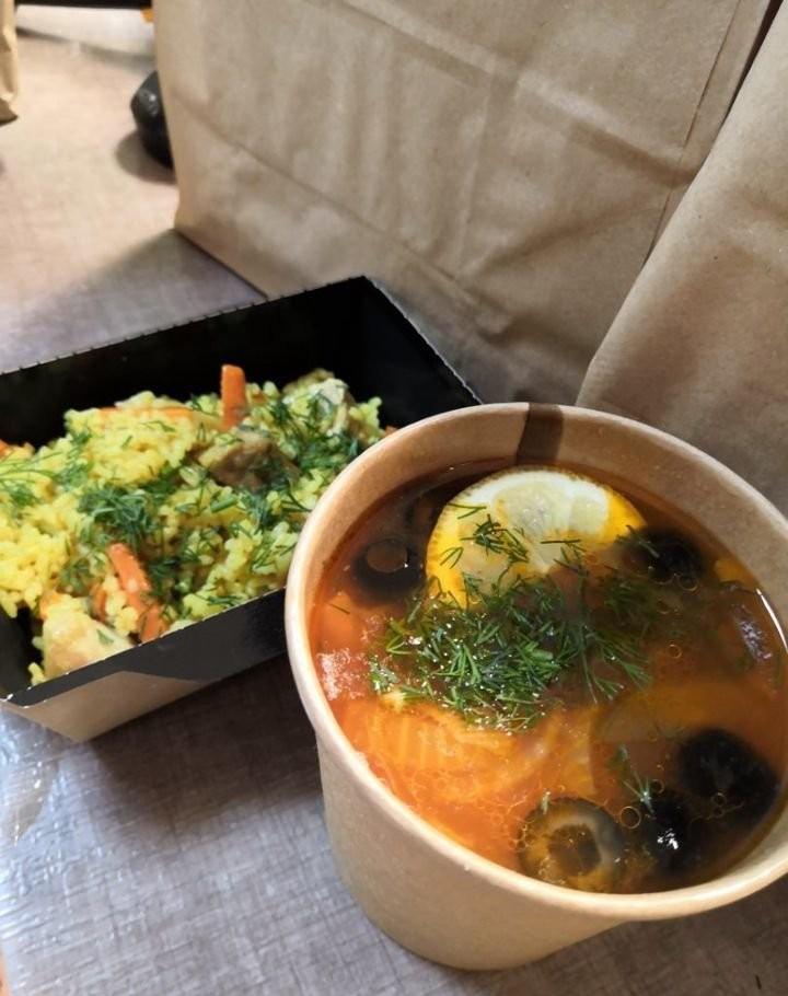 Доставка вкусных обедов сети столовой Сели Поели57 оказываем услуги