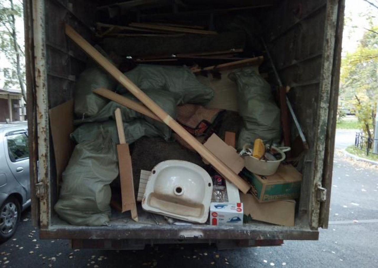 Вывоз мусора. Вывоз строительного мусора оказываем услуги